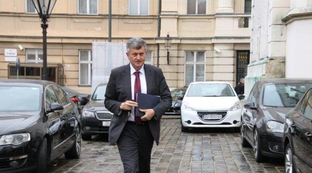 """Ministar Kujundžić: """"Pravo je svakog građanina prosvjedovati protiv Vlade"""""""
