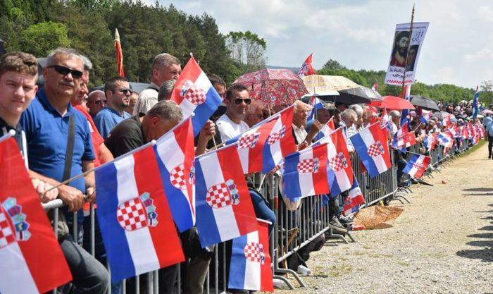 Komemoracija Bleiburške tragedije protekla dostojanstveno molitvom za žrtve