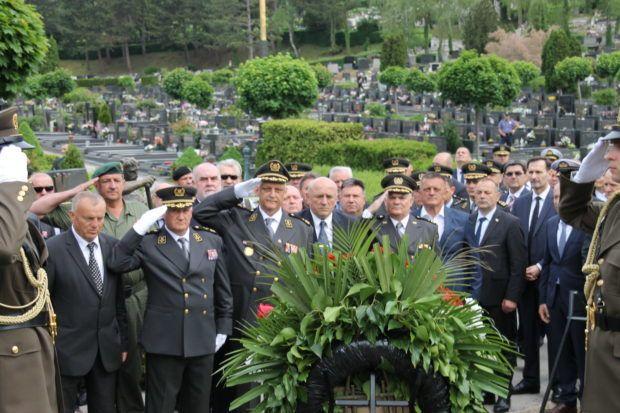 ZAGREB – Obilježena 20. obljetnica smrti ratnog ministra obrane Gojka Šuška
