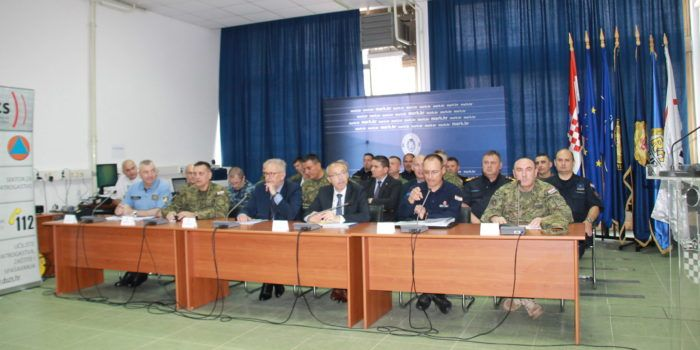 """Ministar Božinović, Krstičević i ravnatelj DUZS-a Lozančić predstavili zajedničku vježbu """"SIGURNOST 18"""""""