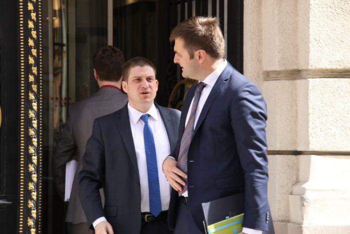 Ministar Ćorić (HDZ) se ispričao jer nisu intenzivnije komunicirane činjenice oko LNG-a