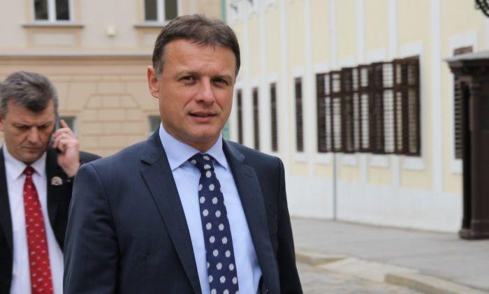"""Glavni tajnik HDZ-a Jandroković: """"Ne vidim sukob interesa premijera u vezi Agrokora"""""""