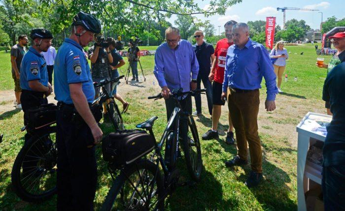 """MUP partner Večernjakove biciklijade – Ministar Božinović: """"Policija poduzima niz mjera kako bi broj stradalih biciklista bio što manji"""""""