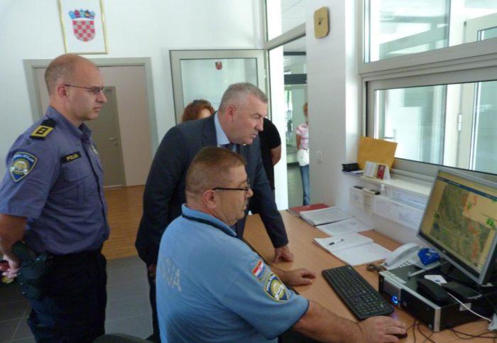 Glavni ravnatelj policije Nikola Milina posjetio Policijsku upravu zadarsku i ličko-senjsku