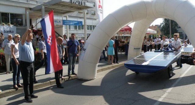 Utrka solarnih automobila – SOELA, najbrži bolid osječke Elektrotehničke škole
