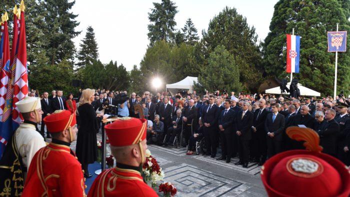 Predsjednica Grabar-Kitarović: Državu nismo stvarali da bi nam neki hrvatski krajevi izumirali