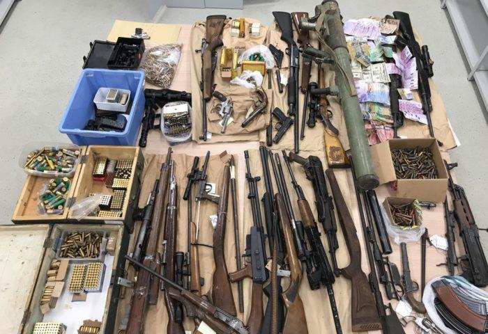 """""""VELIKA AKCIJA"""" Policija otkrila zločinačku organizaciju koja je ilegalno oružje krijumčarila u Njemačku i širila tržište"""