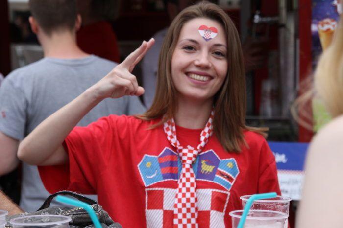 """""""FANTASTIČNA ATMOSFERA"""" U Zagrebu erupcija veselja za pobjedu Hrvatske protiv Nigerije na SP u Rusiji"""
