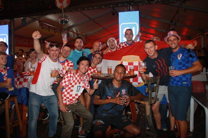 """""""ZAGREB U TRANSU"""" Pogledajte kako su naši navijači proslavili veličanstveni uspjeh hrvatske reprezentacije na SP u Rusiji protiv Argentine"""