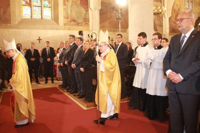 Na misi za Domovinu kardinal Josip Bozanić pozvao na obnovu odgovornosti
