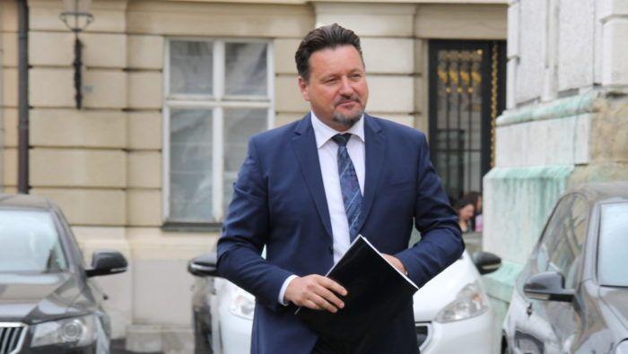 Ministar uprave i politički tajnik HDZ-a Kuščević: Predsjednica Grabar-Kitarović nema pravo kada tvrdi da nema reformi