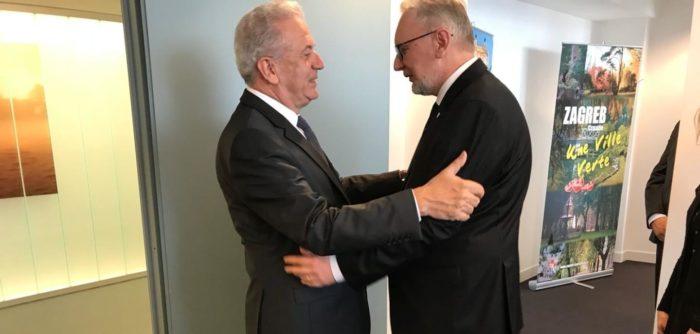 Ministar Božinović i Avramopoulos: u suradnji sa susjedima RH se može nositi s pritiskom na granicama