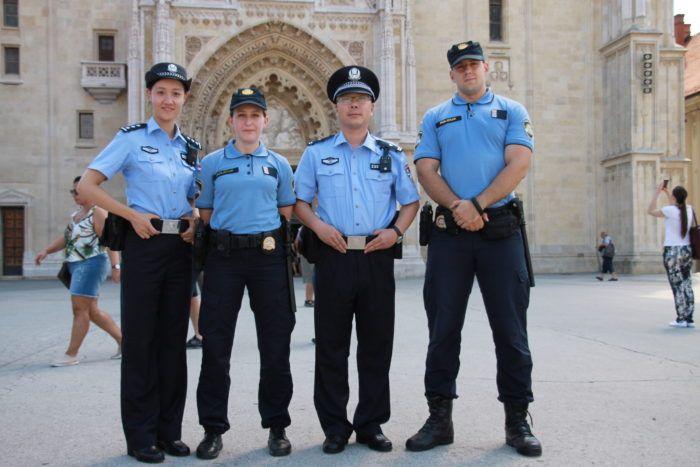 Kineski policajci Lian i Wei na pomoć zemljacima u Zagrebu