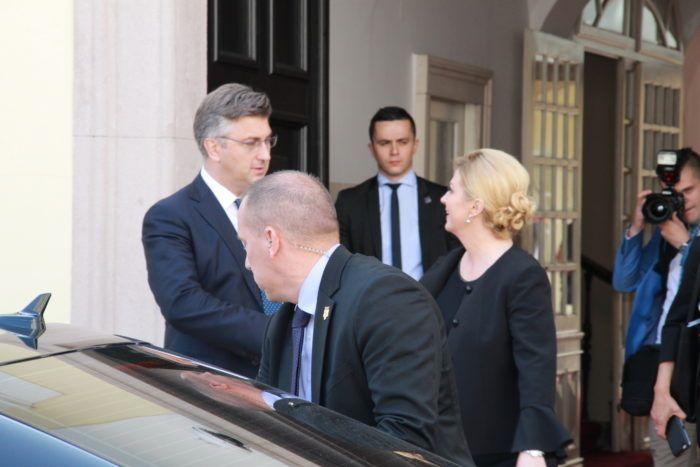 Predsjednica Grabar-Kitarović i premijer Plenković zadovoljni nakon sjednice Vijeća za demografsku revitalizaciju