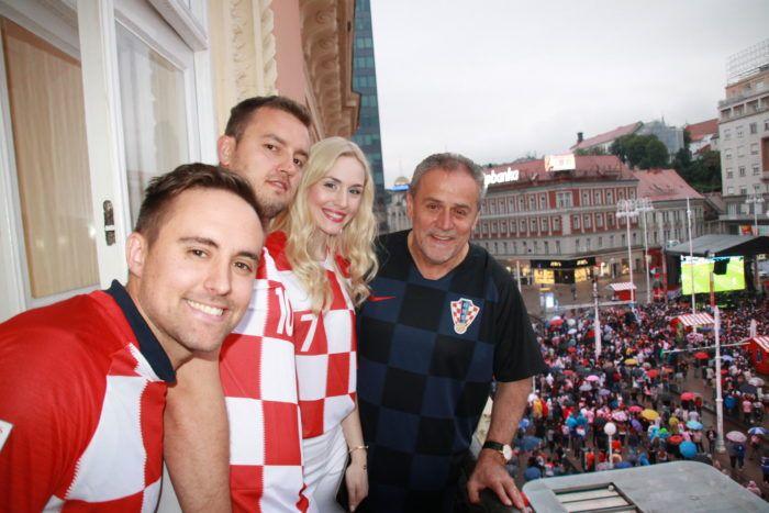"""Bandić uputio čestitku Vatrenima: """"Maestralna izvedba """"kockastog"""" orkestra, tima pravih nogometnih znalaca pod ravnanjem sjajnog izbornika"""""""