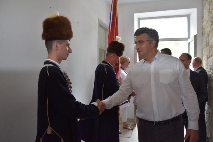 """Premijer Andrej Plenković o Vučićevoj izjavi: """"Što je previše, previše je"""""""