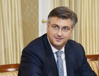 Premijer i šef HDZ-a Plenković: Nije točno da su govori u Kninu u 8 ujutro kako bi se izbjegli zvižduci