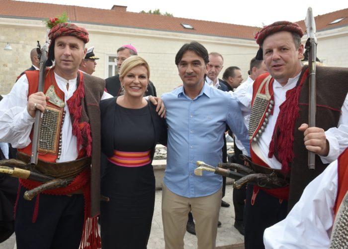 Predsjednica Grabar-Kitarović i u Sinju pozvala na zaustavljanje iseljavanja