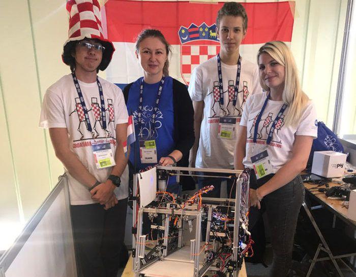 Uspjeh mladih hrvatskih robotičara na prestižnom svjetskom natjecanju u robotici