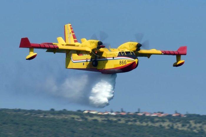 "Požar kod Buja gase dva kanadera, kod Omiša dva Airtractora ""iz predostrožnosti"""