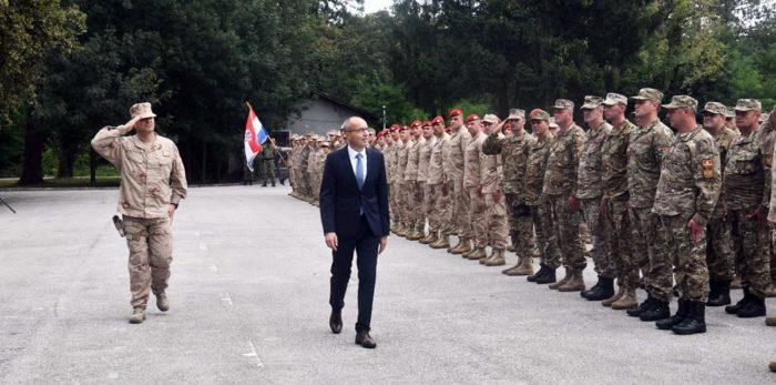 """""""Pripadnici 9. kontingenta HRVCON-a ispraćeni u Afganistan"""" Krstičević: RH kao pouzdan NATO saveznik jamči zajedničku sigurnost"""