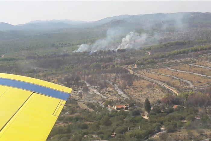 MORH: Pet protupožarnih aviona sudjelovalo u gašenju četiri požara