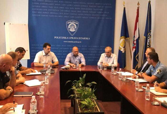 U PU istarskoj predstavljene mjere MUP-a za poboljšanje materijalno-pravnog statusa policijskih službenika