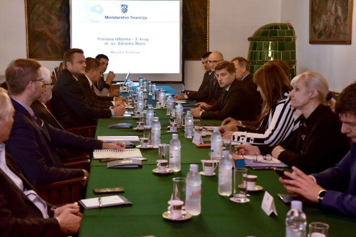 Vijeće za gospodarska pitanja predsjednice RH s ministrom Marićem o poreznoj reformi