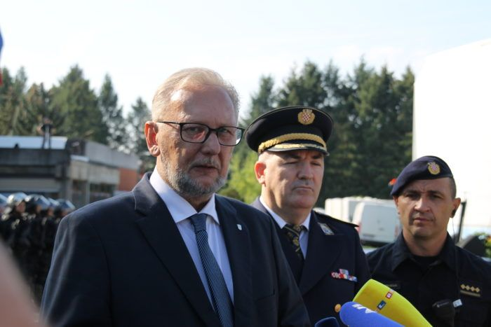 Božinović: Građani Vukomerca su sigurni, a policija je u kontaktu s roditeljima i vodstvom škole