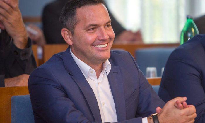 Kustić novi predsjednik ličko-senjskog HDZ-a, povjerenje mu dalo 32,8 posto upisanih članova