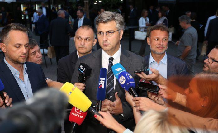 Premijer i šef HDZ-a Plenković: Većina je stabilna, spreman sam za sve scenarije