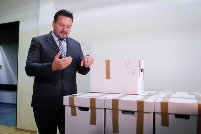 """Počela provjera potpisa za referendume inicijativa """"Narod odlučuje"""" i """"Istina o Istanbulskoj"""""""