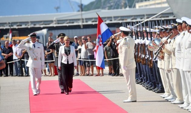 """""""Dan Hrvatske ratne mornarice"""" Predsjednica Grabar-Kitarović: Moramo kritički sagledati pogreške koje smo učinili u dosadašnjem razvoju"""