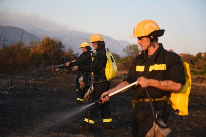 Hrvatska vojska pomaže gasiti razbuktani požar na Pelješcu