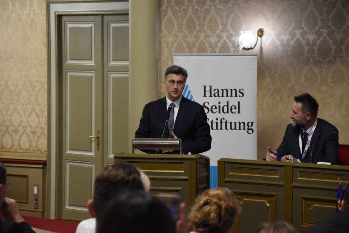 Premijer Andrej Plenković na skupu Paneuropske unije: Hrvatskoj su u EU-u najbitnije vrijednosti koje ona donosi