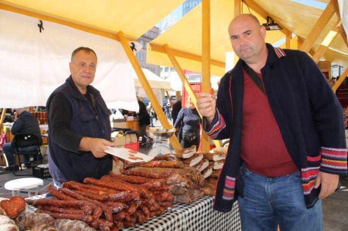 """Pavo Baotić: """"Naši članovi ulažu svoj trud i rad u proizvodnju domaćih proizvoda. Nemamo se namjeru predati jer Slavonija je u teškoj situaciji """""""