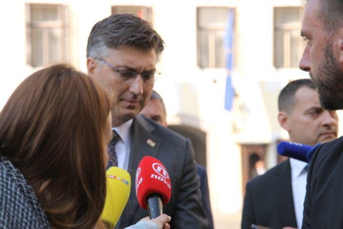 Premijer Andrej Plenković: Pratimo stanje kvalitete zraka u Slavonskom Brodu i onečišćenja u Savi