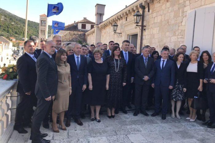 """Ministar Božinović: """"Aktivnim djelovanjem hrvatske policije migracijska kretanja u regiji nisu utjecala na sigurnost turističke sezone"""""""