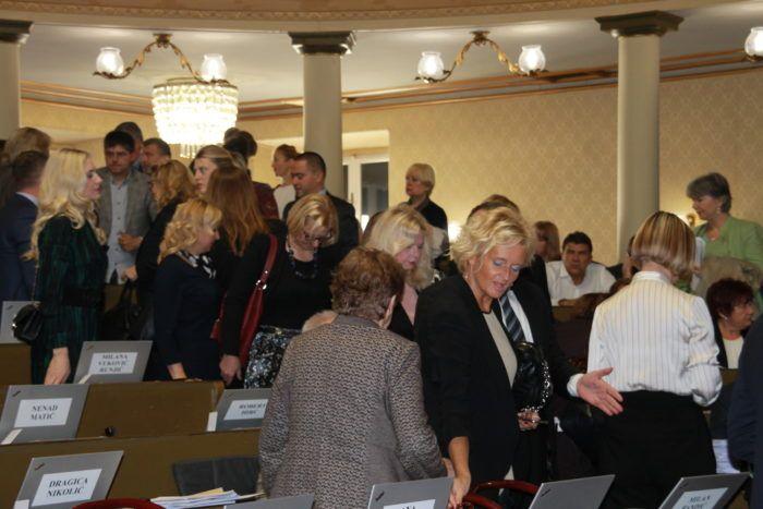 Sjednica zagrebačke Gradske skupštine počela stankama oporbenih klubova