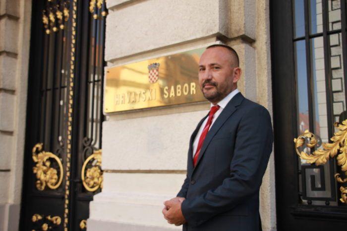 Saborski zastupnik Hrasta Zekanović: Hrvatska je zadnja linija obrane EU-a od ilegalnih migranata