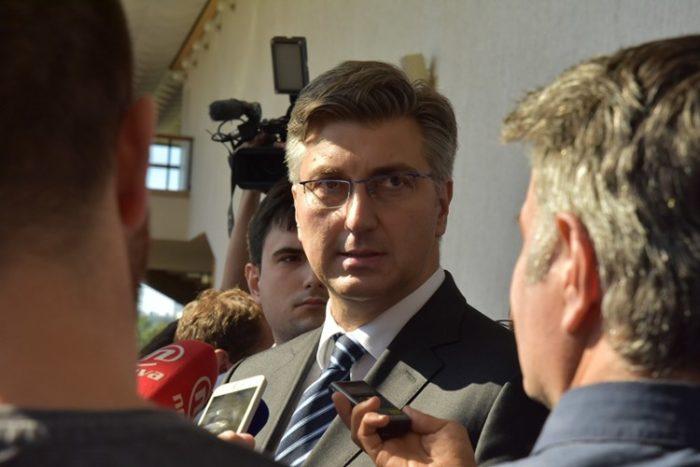 Premijer i šef HDZ-a Plenković najavio razgovor s zamjenikom Brkićem