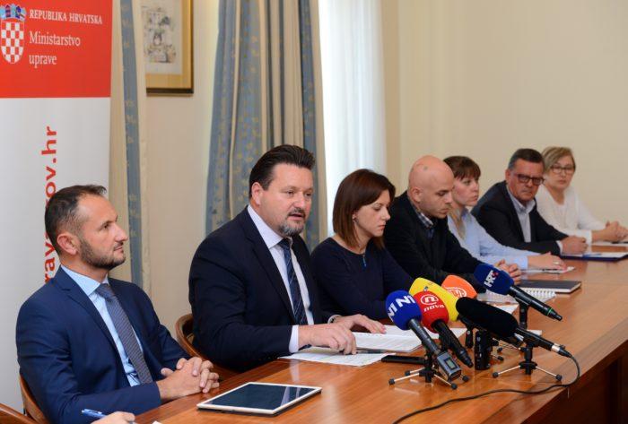 Kuščević: Među potpisima prekrižena imena, dupli potpisi, nepostojeći ili neispravni OIB-ovi, maloljetnici i preminuli