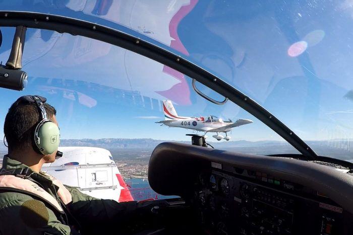 MORH: Završila letačka obuka mađarskih pilota u Zemuniku