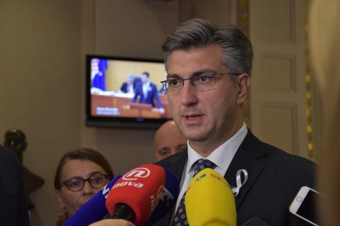 """Premijer i šef HDZ-a Andrej Plenković: """"Afera SMS"""" izgleda sve gore i zahtijeva daljnje korake"""
