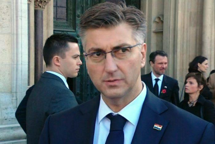"""Premijer i šef HDZ-a Plenković: """"Vlada će odrediti tko ide u Marakeš, svi mogu biti mirni, bez panike, bez histerije, bez ikakvih drama"""""""