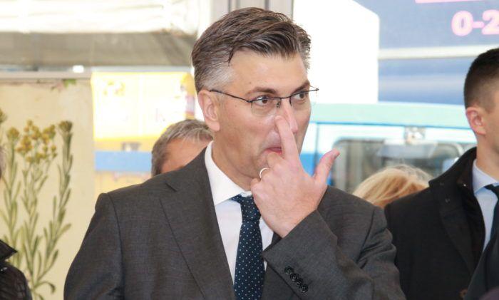 Premijer i šef HDZ-a Plenković: Priopćenje predsjednice Republike Grabar-Kitarović ne doživljavam kao udar