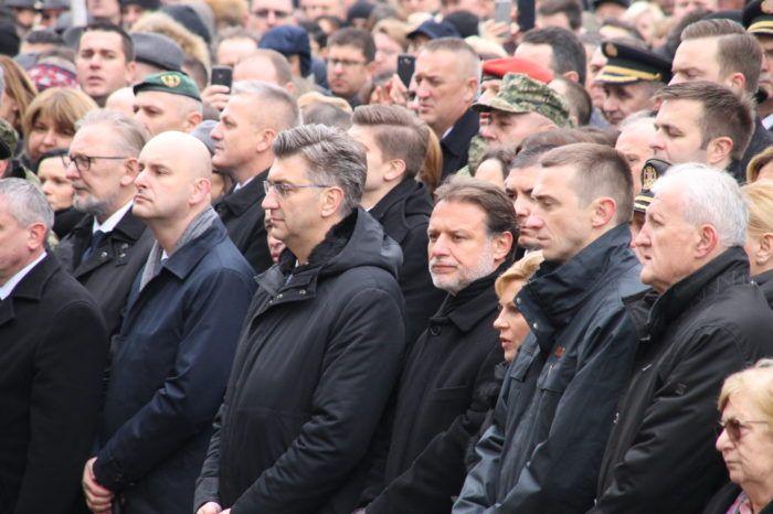 Premijer Andrej Plenković: Vukovar ima potporu svih institucija vlasti, pregovori s EK o posebnom sustavu olakšica