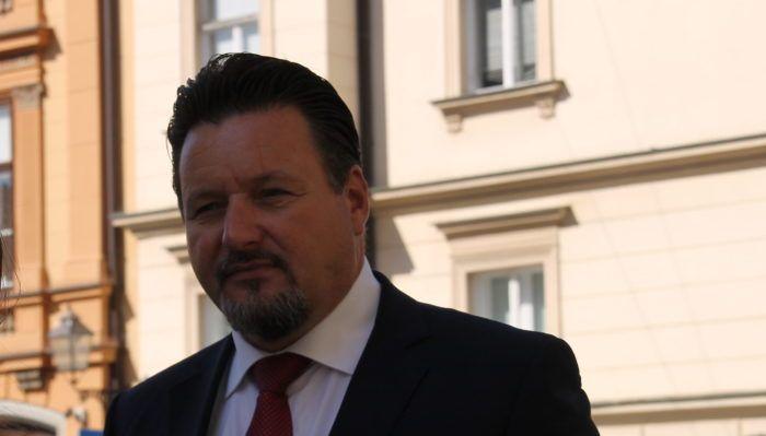 Ministar Kuščević o Bandićevom susretu s Palmom: Svi moramo voditi računa s kim se susrećemo