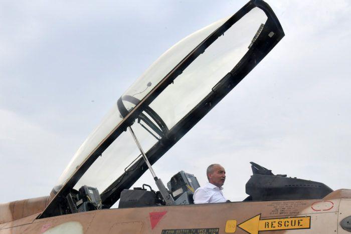 Ministar obrane Krstičević: Kupljeni zrakoplovi korišteni su koliko nam treba, a naša djeca će jednog dana kupiti nove
