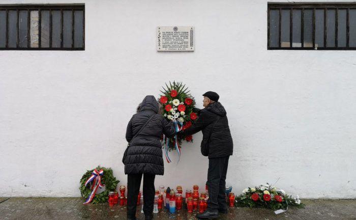 VUKOVAR – Odana počast žrtvama Veleprometa